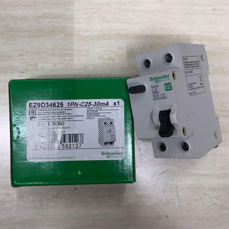 EZ9D34625 Aptomat Cầu dao chống dòng rò RCBO Schneider 1P+N 25A 30mA
