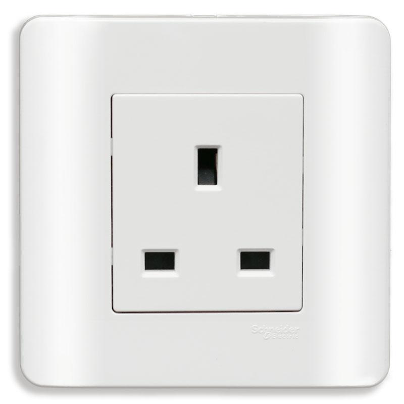 E84426_G19 Bộ ổ cắm đơn 3 chấu vuông chuẩn Anh, màu trắng