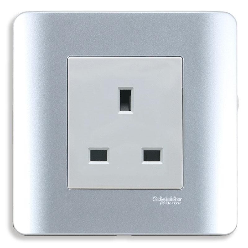 E84426_SA_G19 Bộ ổ cắm đơn 3 chấu vuông chuẩn Anh, màu xám bạc