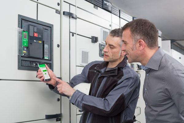 Cài đặt Máy cắt MTZ bằng phần mềm EcoStruxure Power Commission trên điện thoại