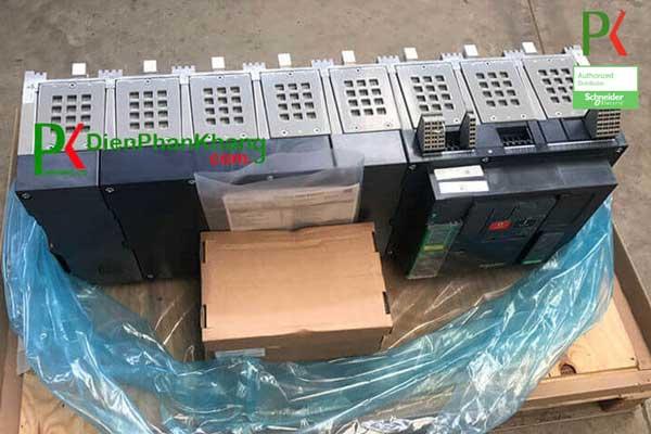 Máy cắt MTZ Schneider Schneider 4P 6300A
