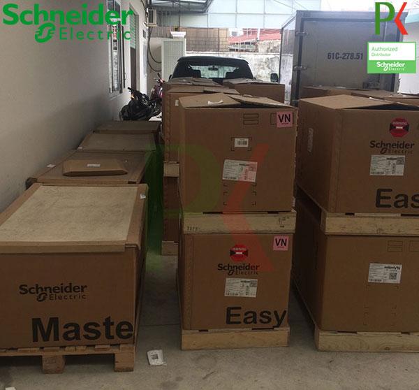 Máy cắt không khí EasyPact EVA Schneider chuẩn bị giao cho khách