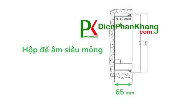 Tủ điện E9 Thiết kế tinh tế với độ sâu đế tủ 6.5cm phù hợp với mọi loại tường